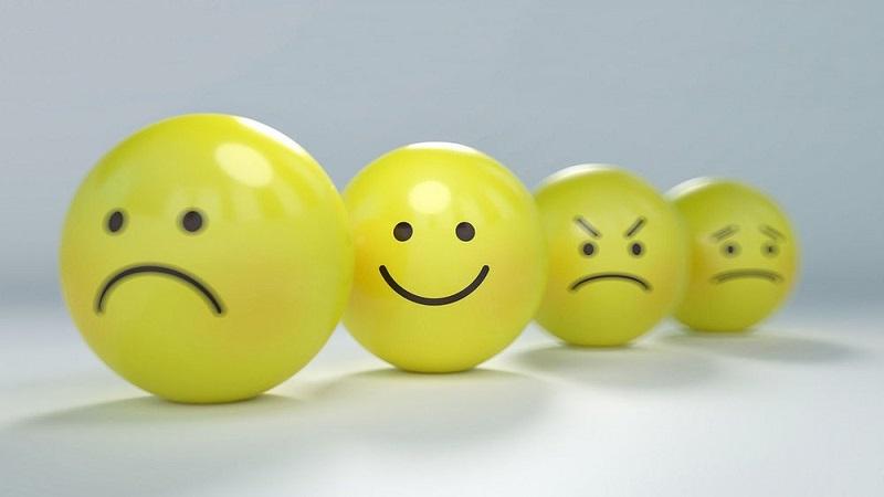 Cách kiểm soát cảm xúc tiêu cực khi chơi cá cược online