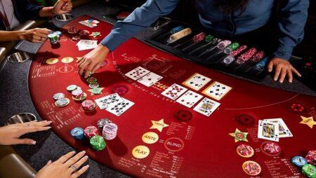 TEXAS HOLD'EM POKER VN88 chơi như thế nào? Có gì khác với bài Poker thường?