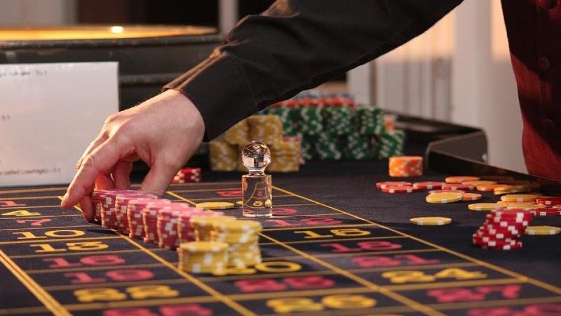 Một số lưu ý để tránh chiêu cờ bạc bịp công nghệ cao